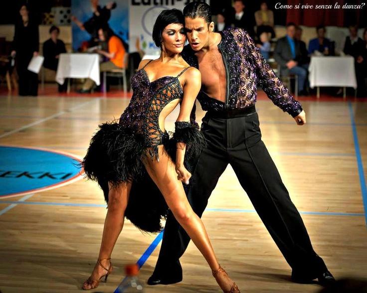 Pleasing 10 Latin Dance Lady39S Short Hair Styles That Will Inspire Dance Short Hairstyles Gunalazisus